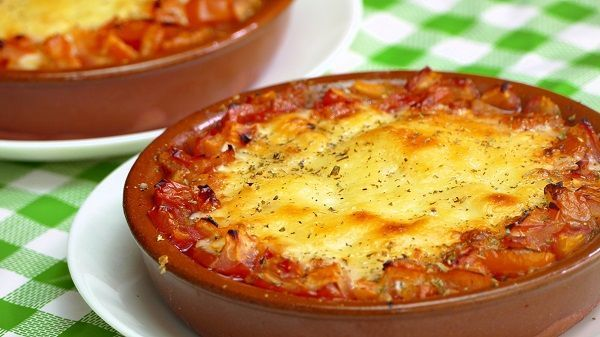 Baked provolone with tomate