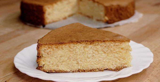 Lemon sponge cake. This is a different form to make a sponge cake. It is very easy to make at your home. You will obtain a delicious dessert.